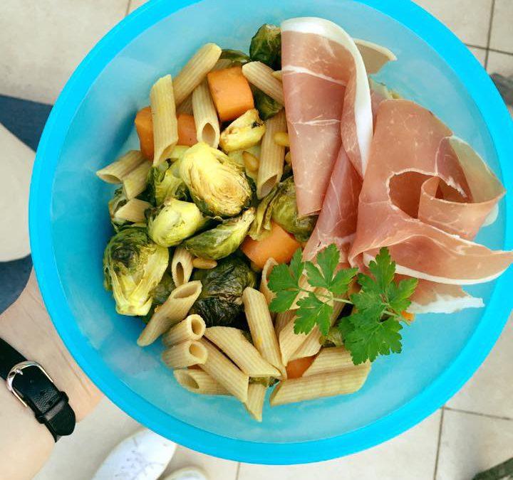 pasta met geroosterde spruitjes en worteltjes